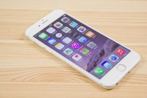 Demanda colectiva contra Apple por la Enfemedad Táctil del iPhone 6